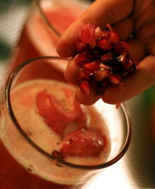 Pomegranate-drink3-web