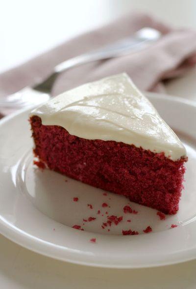 Red-velvet-cake-web