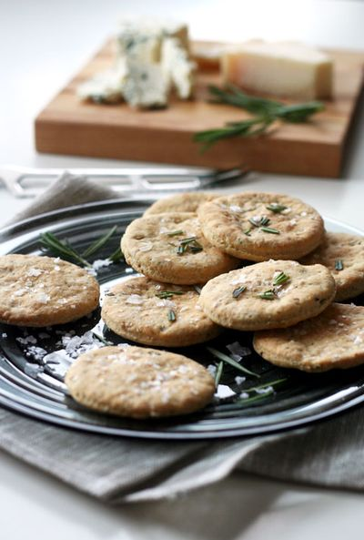 Rosemary-crackers3-web